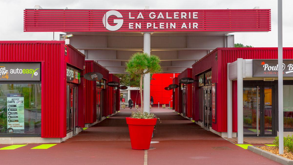 Abri couvert sur mesure Texabri - galerie marchande Casino Brest
