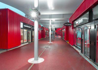 Abri de passage sur-mesure Texabri, galerie marchande du Géant Casino de Brest
