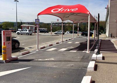 Texabri a construit l'abri drive du Géant Casino drive Valence Sud