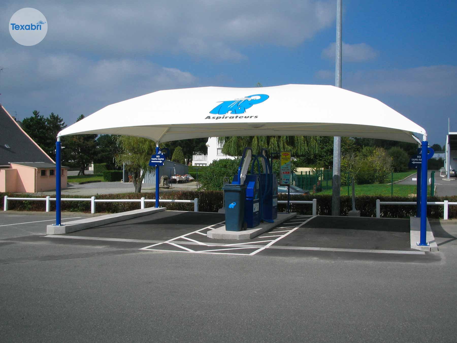 abri-aspirateurs-elephant-bleu