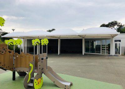 Texabri a conçu et fabriqué le préau scolaire de l'école Paul Valéry de Meulan